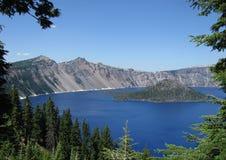 Crater湖蓝色 库存图片