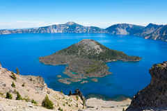 Free Crater Lake Royalty Free Stock Photography - 34053117