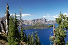 Crater Lake. View of the Crater Lake National Park with the Wizard Island Royalty Free Stock Photos