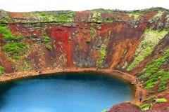 Cratera do vulc?o de Kerid fotografia de stock
