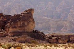 A cratera e o vale bíblicos de Timna no sul de Israel fotografia de stock royalty free