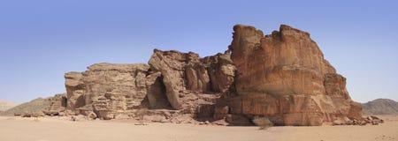 A cratera e o vale bíblicos de Timna no sul de Israel fotografia de stock