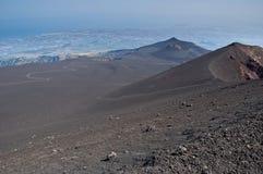 Crateras velhas da montagem Etna Fotos de Stock Royalty Free