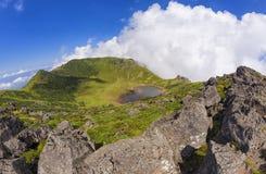 Cratere del vulcano di Hallasan sull'isola di Jeju, Corea del Sud immagine stock