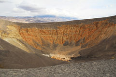 Cratere di Ubehebe nel parco nazionale di Death Valley, California Immagine Stock Libera da Diritti