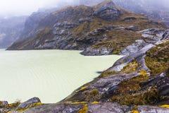 Cratere giallo della laguna Fotografie Stock Libere da Diritti