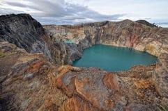Cratere vulcanico di Kelimutu Fotografie Stock Libere da Diritti