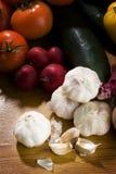 Cravos-da-índia de alho com outros vegetais Imagem de Stock