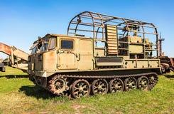 Crawlsimmare-biltransport lastbil på det tekniska museet i Togliatti, fotografering för bildbyråer