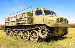 Crawlsimmare-biltransport lastbil på det tekniska museet i Togliatti, arkivfoto