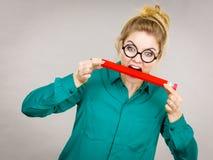 Crayon acéré de femme d'affaires Photographie stock libre de droits