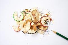 crayon affilé Procédé créateur Copeaux en bois Photo stock