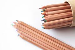 Crayon de couleur sur le fond blanc Photo stock