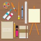 Crayon de règle de tube d'huile de livre de croquis de toile de brosse d'art d'équipement d'outils de peinture de palette d'objet Image stock