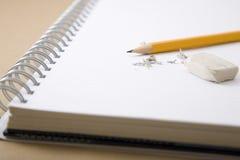Crayon et gomme à effacer Photos libres de droits