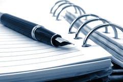 crayon lecteur d'organisateur d'affaires Photos libres de droits