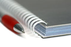Crayon lecteur et cahier   Photo stock