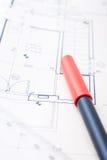 Crayon lecteur et modèles rouges Image libre de droits