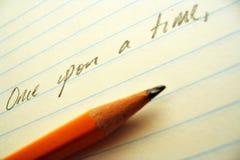 Crayon, papier, et ligne d'ouverture Photographie stock libre de droits