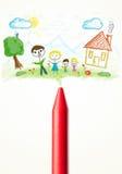 Crayonnez le plan rapproché avec un dessin d'une famille Photos libres de droits