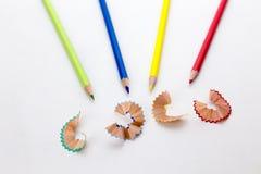 Crayons карандаша цвета и shavings карандаша Стоковые Изображения