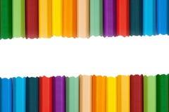 Crayons colorés colorés pour le fond Image stock