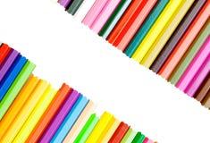 Crayons colorés colorés pour le fond Photographie stock libre de droits