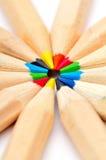 Crayons colorés contre le blanc photo libre de droits