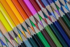Crayons colorés de crayon Photographie stock libre de droits