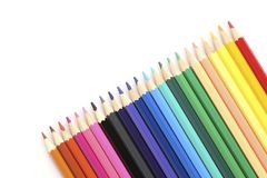 Crayons colorés sur le blanc Photo stock
