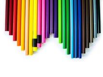 Crayons colorés sur le fond blanc Photographie stock
