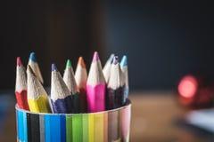 Crayons de bureau Photo libre de droits