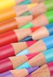 Crayons de couleur au-dessus de blanc Photographie stock libre de droits