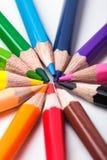 Crayons de couleur d'arc-en-ciel Images stock