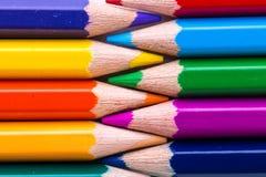 Crayons de couleur d'isolement Photo libre de droits