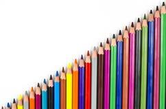 Crayons de couleur d'isolement sur le blanc Photographie stock libre de droits