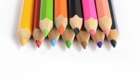 Crayons de couleur d'isolement sur le fond blanc Photos stock
