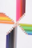 Crayons de couleur d'isolement sur le fond blanc photos libres de droits