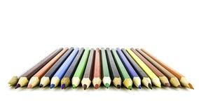 Crayons de couleur d'isolement sur le fond blanc Fin vers le haut Beaux crayons de couleur Images stock