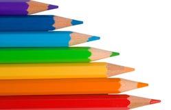 Crayons de couleur de couleurs d'arc-en-ciel Photos libres de droits