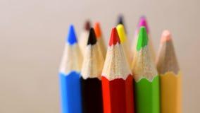 Crayons de couleur - plan rapproché clips vidéos