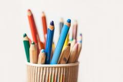 Crayons de couleur, plan rapproché Image libre de droits