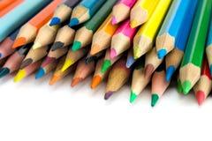 Crayons de couleur sur le blanc Images stock