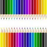 Crayons de couleur sur le fond blanc Photographie stock