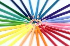 crayons en bois d'une couleur d'ensemble Photo libre de droits