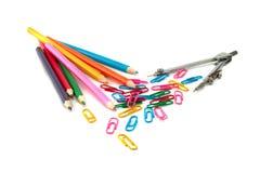 Crayons et compas de Staples Image stock