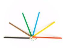 crayons fördelningshälft arkivbilder