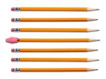Crayons jaunes avec la gomme à effacer Photos stock