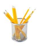 Crayons jaunes dans le pot en métal Photos libres de droits