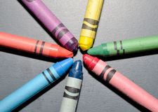 Crayons laid in a circle Royalty Free Stock Photography